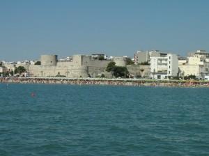 spiaggia_castello_di_Manfredonia