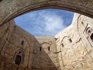 Castles in Italy: Castel del Monte
